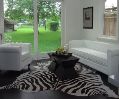 Trump White Sofa Toronto Furniture Rental For Home Staging By Stagers Source